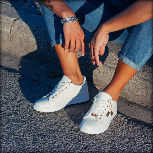 SNEAKERS CLASSIC